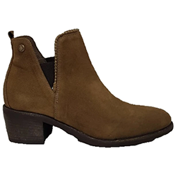 Murphys-Shoes---NeroGiardini---Tan-Ankle-Boots-with-a-Stud-Trim