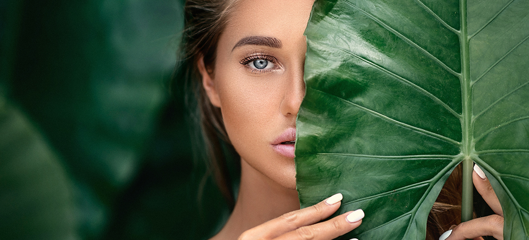 Vitamin C & Peptides: My Two Secret Ingredients for Youthful Skin