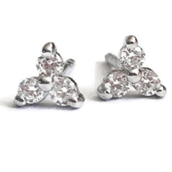 Desert-Diamonds-3-STONE-ROUND-STUD-EARRING-SILVER
