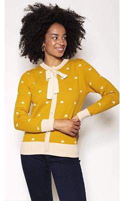 Carraig-Donn---ROWEN-AVENUE-Heart-Knit-in-Mustard